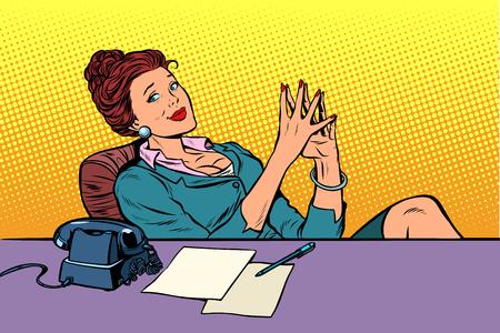businesswoman boss sitting at the office Desk. Pop art retro vector illustration comic cartoon vintage kitsch Vettoriali