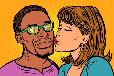 mujer besa a un hombre. pareja multiétnica. vergüenza