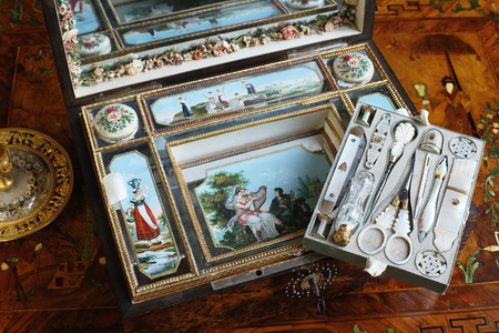 tsarskoye: Tsarskoye Selo, Russia - 05 March 2015 : old shaving kit at Tsarskoye Selo Pushkin Palace near Saint Petersburg