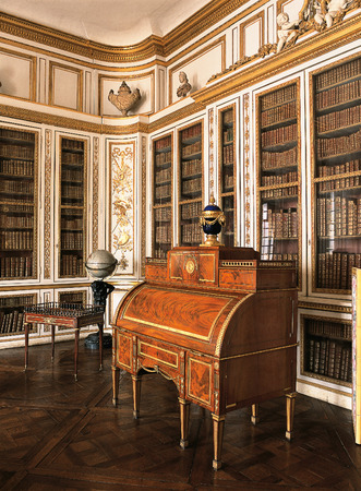 queen bed: Versailles, France - 10 August 2014 : Wooden room with furniture at Versailles Palace