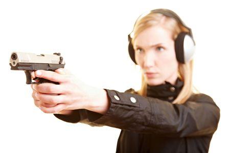 fbi: Jeune shooter femelle avec protection pistolet et oreille