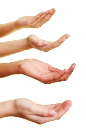 Quatre mains vides demandant un petit don Banque d'images
