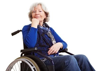 paraplegic: Discapacitados anciana senior sentado en una silla de ruedas Foto de archivo
