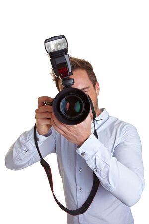 Huwelijksfotograaf nemen van foto's met digitale camera en flitser