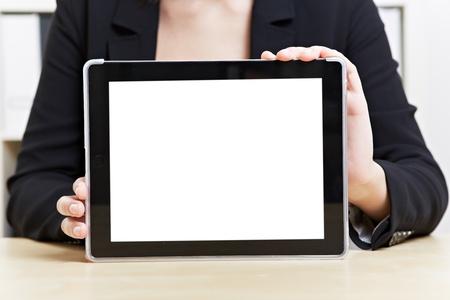 生産性: オフィスでタブレット コンピューターの空の白いタッチ スクリーン