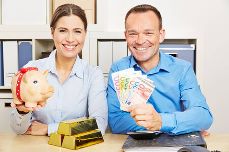 euro banknote: Couple with money and gold and piggy bank for financial security