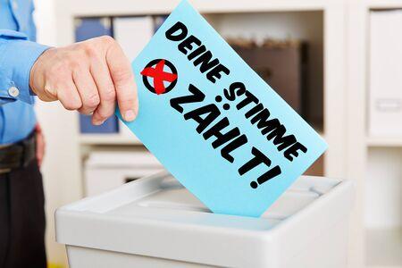 """Duitse stemming slogan """"Deine Stimme zaehlt!"""" Op een stembiljet (Uw stem telt!)"""
