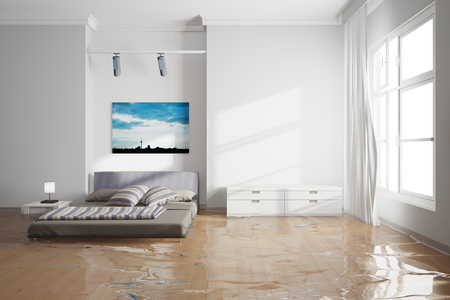 Dégâts d'eau dans la chambre après la fuite avec un lit humide Banque d'images - 57526112