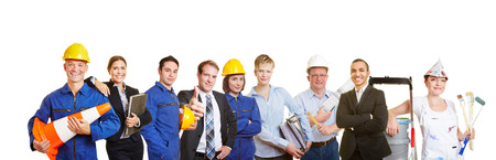 empleados trabajando: Los trabajadores y la gente de negocios juntos como un equipo