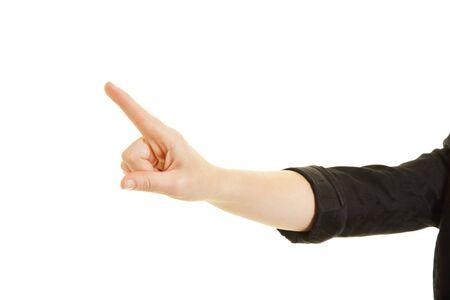 dedo indice: dedo índice de una mujer de negocios presssing una pantalla táctil virtual