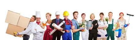 Groep van vele verschillende profesions als teamwork en diversiteit begrip