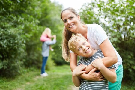 Mother and son together on a nature trip on family vacation Reklamní fotografie - 132236729