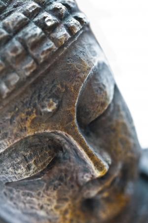 cabeza de buda: escultura de Buda marr�n