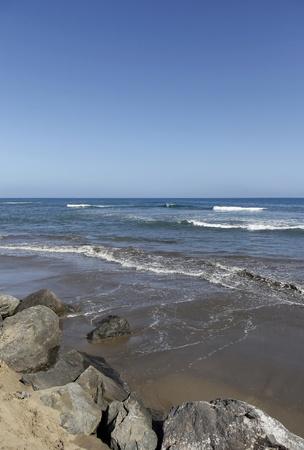 Rocky coast by the sea Stock Photo - 19661096