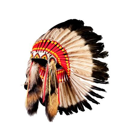 totem indien: Chef indien indigène coiffe (la mascotte de chef indien, indien tribal coiffe, coiffe indienne) Banque d'images