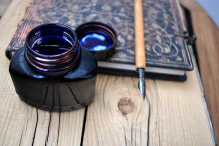 inkwell: open inkwell and old pen