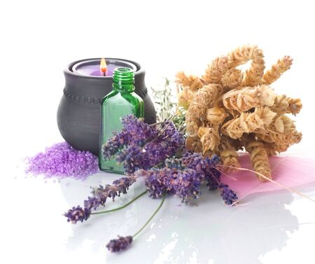 powder room: Concept.Isolated de medicina herbal en blanco Foto de archivo