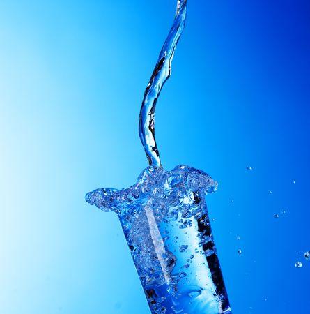Vaso de agua fresca  Foto de archivo - 7579224