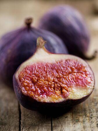 fichi: Fruits fig.