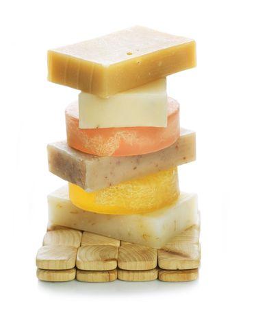 schiuma di sapone: Sapone fatto a mano. Isolated on White