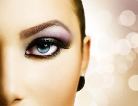 cejas: Cara la ni�a bella. Maquillaje perfecto