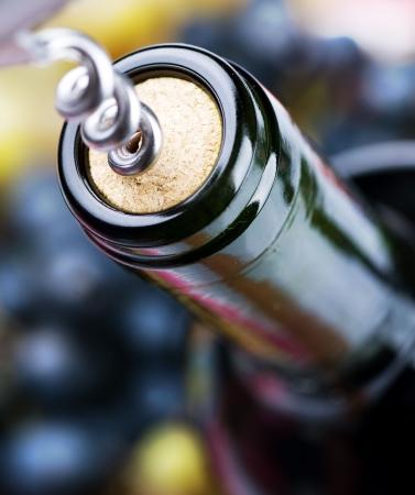 cork: Detalle de la botella de vino