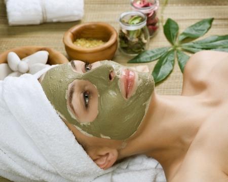 facial massage: Spa Facial boue Mask.Dayspa