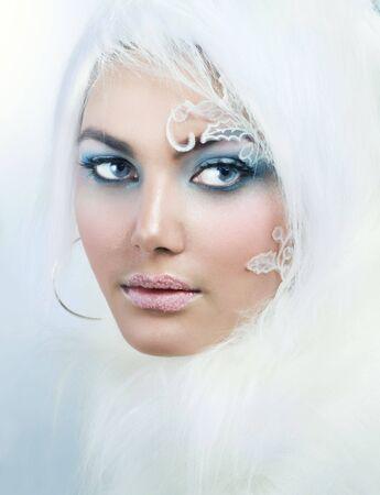 Winter Beauty.High-Key Mode Art.Perfect Make-up Lizenzfreie Bilder