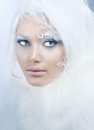 queen blue: Winter Beauty.High-key Fashion Art.Perfect makeup