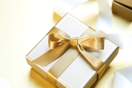 ribbon box: Golden Gift