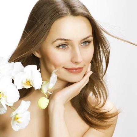 hair spa: Retrato de belleza con piel perfecta y cabello saludable Foto de archivo