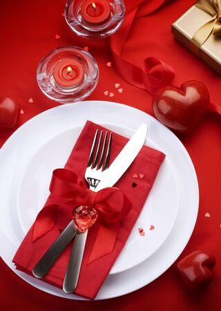 saint valentines: Concetto di cena romantica.Posate Archivio Fotografico