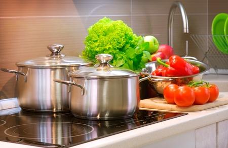 utensilios de cocina: Detalle de la cocina de la cocina. Dieta Foto de archivo