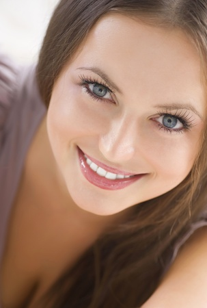 Beauty Portrait. Beautiful Smiling Girl Stock Photo - 10081329