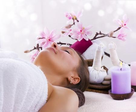 masajes faciales: Mujer de spa