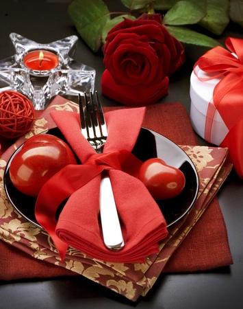 diner romantique: Un d�ner romantique. Couverts pour la Saint-Valentin