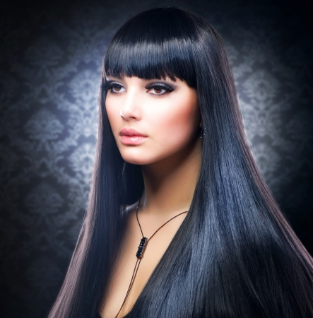 Beautiful Brunette Girl. Healthy Long Hair Stock Photo - 12040165