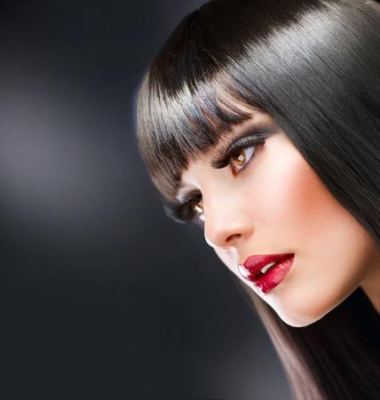 eye lash: Fashion Makeup. Beauty Brunette