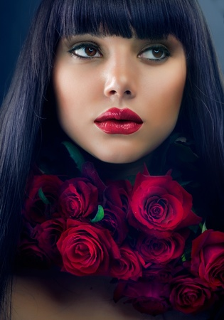 make up eyes: Beautiful Fashion Girl with Roses