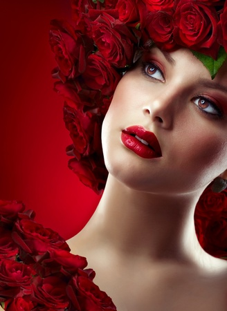 beauty make up: Fashion Model Portrait with Red Roses