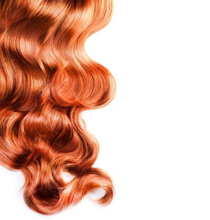textura pelo: Cabello rojo aislado en blanco