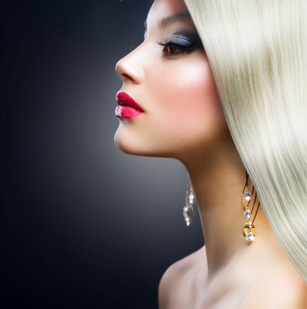 Blond Fashion Girl Stock Photo - 12632255