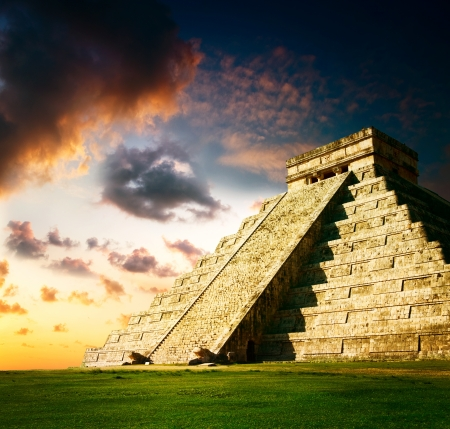Chichen Itza Mayan Pyramid  photo