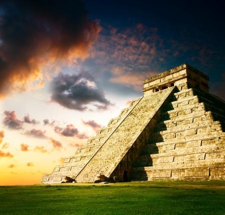 Chichen Itza Mayan Pyramid  photo