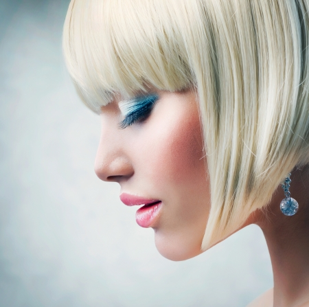 beauty salon face: Haircut  Beautiful Girl with Healthy Short Blond Hair  Stock Photo