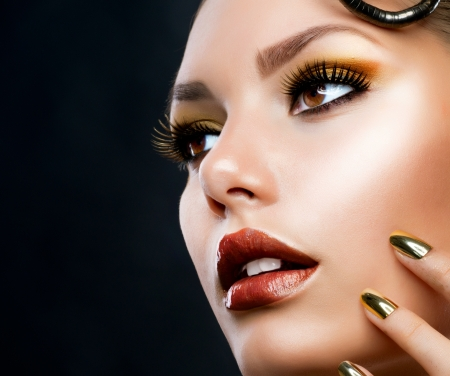 beautiful face: Golden Luxury Makeup  Fashion Girl Portrait