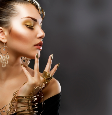fashion: Fashion Girl Portrait  Golden Makeup