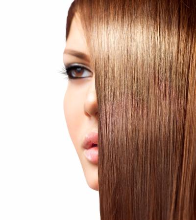 cabello lacio: El pelo largo saludable Foto de archivo