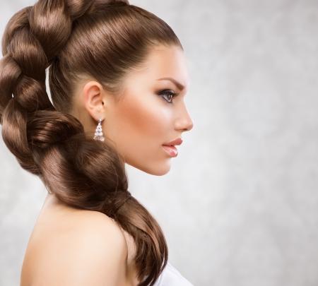 cabello casta�o claro: Hermoso cabello largo Foto de archivo