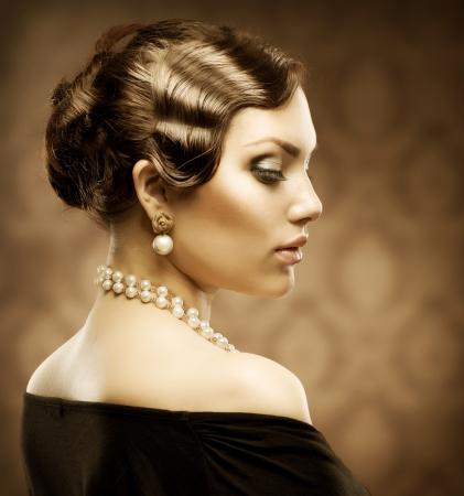 perlas: Estilo Retro Tonos Sepia Retrato belleza rom�ntica
